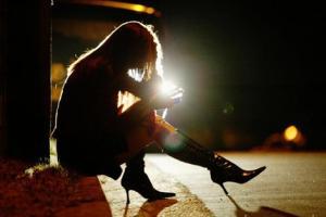 drunk_girl_lead_wideweb__470x314,0
